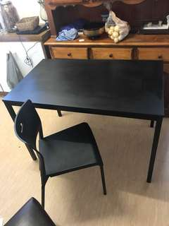 Kitchen tables and 2 black chairs