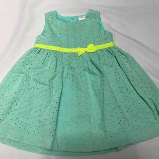 Dress bayi Carter's