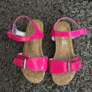 Sandals (hotpink color)