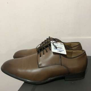 Zara Leather Oxford Shoes