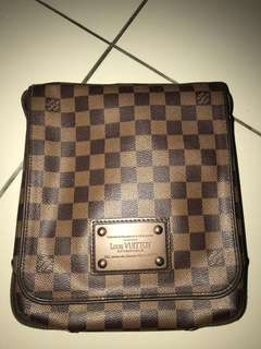 Loius Vuitton Sling Bag