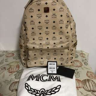 100%real 90%new MCM backpack 背包 full set 米色