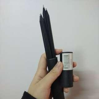 黑色鉛筆 四枝裝 連筆筒