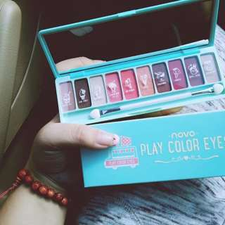 Novo Play Color Eyes