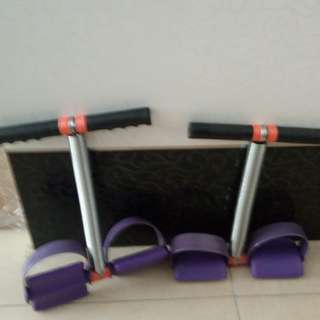 2 sit up excersise equipments