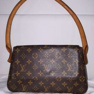 Authentic LV Pochette handbag