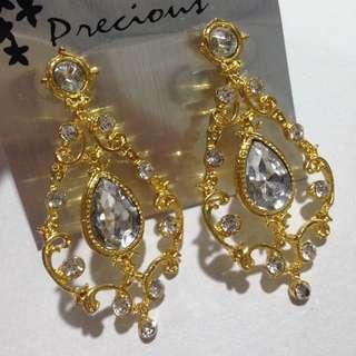 Gold Chandelier Earrings 2