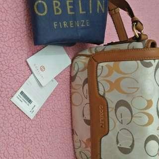 Gobelini sling bag