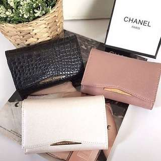 Mini wallet charles and Keith💕