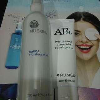 Napca moisture mist 250 ml . Ap24 whitening fluoride toothpaste 110 ml.