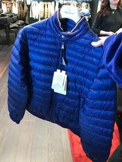 Moncler 小童14碼深彩藍色薄羽絨 合大人0碼或s 碼身材
