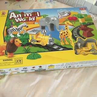 BNIB animal world Building blocks