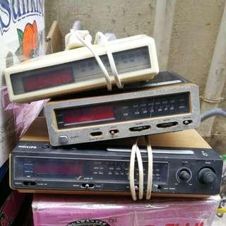 經典懷舊 鬧鐘 收音機 70年代飛利浦 鬧鐘收音機三個, 130元三個不二價不拆散出售$130=3