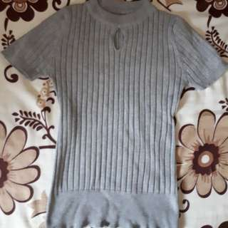 Preloved knitted blouse