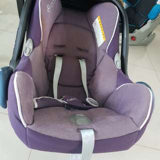 Used Maxi.Cosi Baby Car Seat