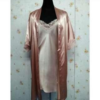 One set lingerie & robe