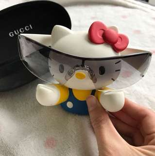 Gucci sunglasses white