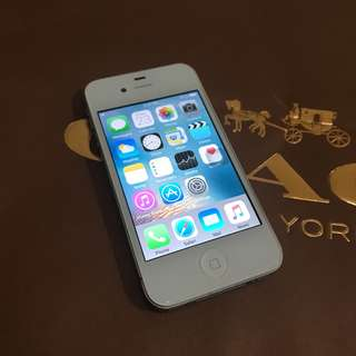 iPhone 4s / 8GB