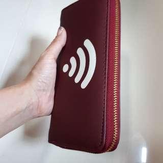 Wifi symbol Longish wallet, burgundy pvc.