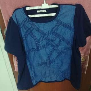 Plus size top (size 54, good quality)