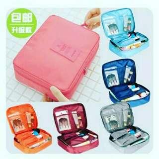 Bath & Cosmetics Travel pouch