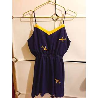 刺繡飛機縮腰短洋裝