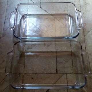 Backing dish ovenware