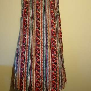 Size 12 maxi skirt with pockets