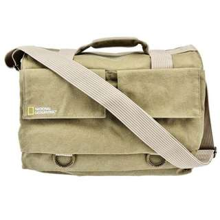 National Geographic NG 2478 Earth Explorer Shoulder Bag