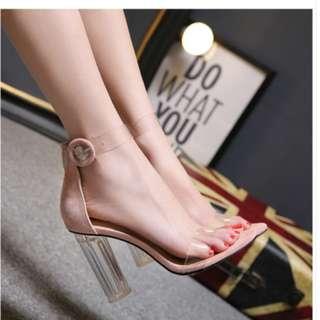 winne ladies Chucky heels