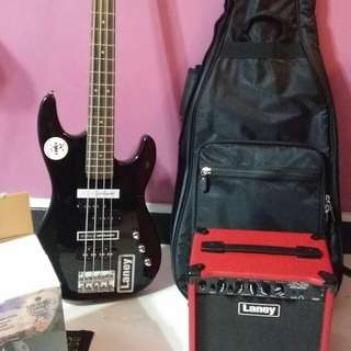 Bass Guitar with bag and amplifier