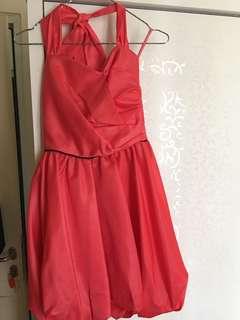 Gaun wanita