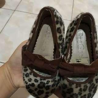 Sepatu anak coogee -leopard