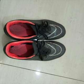 nike 42.5 釘鞋