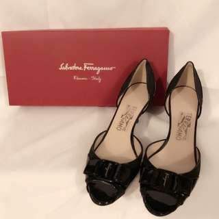 Salvatore Ferragamo Black Manuela Female Shoe👠黑色漆皮女仕鞋