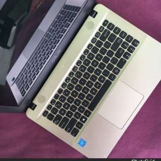 asus sonicmaster laptop black gold color