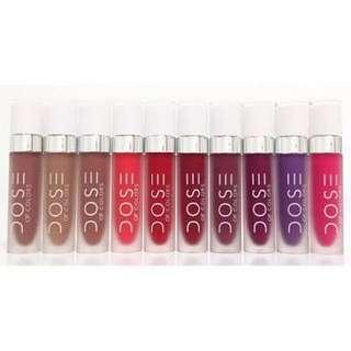 Liquid-matte lipstick