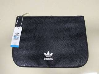 Adidas catch bag