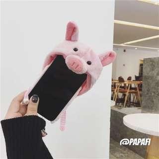 毛絨小豬帽子 iPhone7/8 case