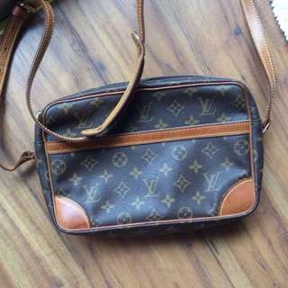 Louis Vuitton LV 記者包