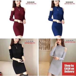 Long sleeves cut out shoulder knitted dress