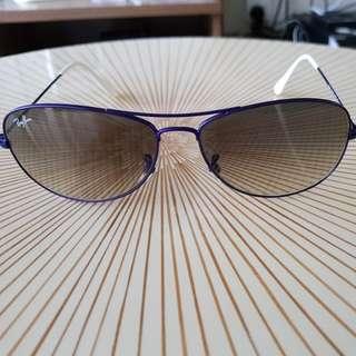 Rayban sunglasses (lightly used)