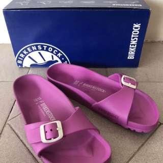 sandal pink