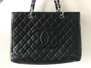 Chanel牛皮手袋
