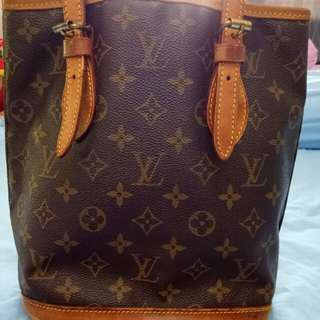 Authentic Louis  Vuitton petit bucket