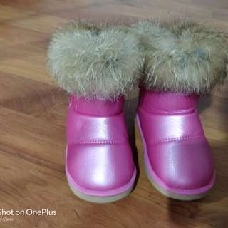 Winter boots for 1-2 year old toddler. Insole size 13.5cm, UK5-5.5