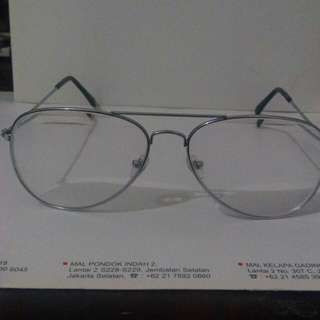 Frame kacamata pria aviator
