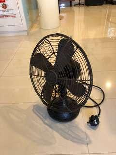 Maison &Co. German antique fan. Working but doesn't turn.