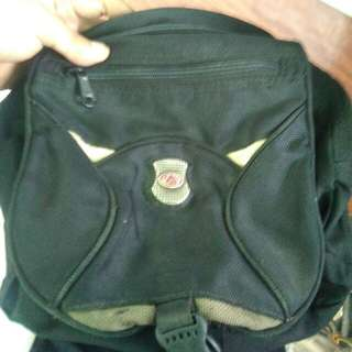 Sling bag eiger 2