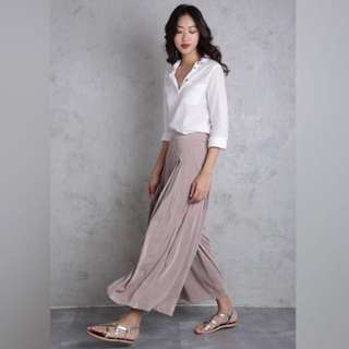 BN TTR Cory Flare Pants XS in Taupe